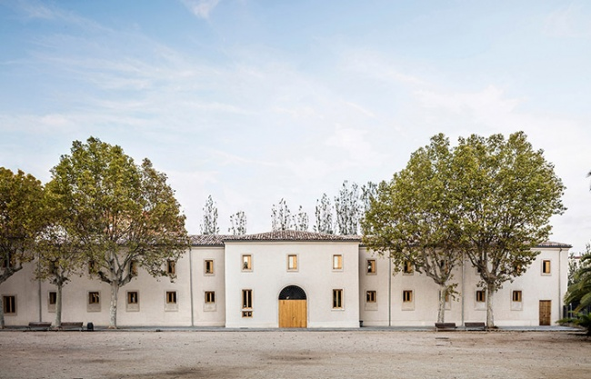 "Consolidation of ""La Remunta"" barrack buildings by Ravetllat arquitectura"