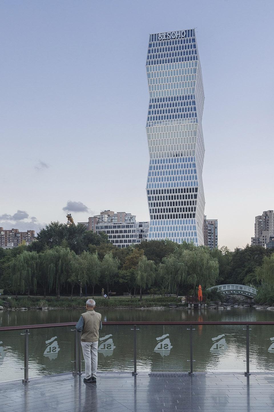 中央五�9il�..��_古北soho,上海 / kpf 有机延伸新虹桥中心绿地,打造上海中央商务区新
