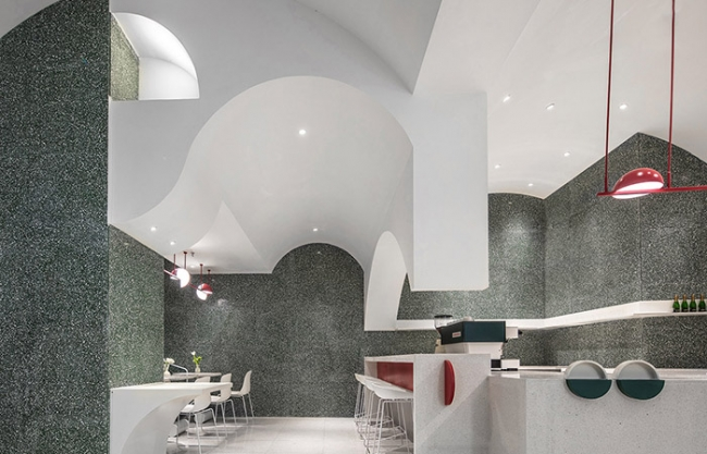 Charlotte by PA Patisserie in Wuxi, China by MET Creative Brand