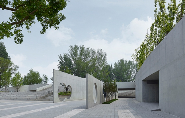 Visitor Centre of Changping Future Science City, China by Hu Yue Studio (BIAD)