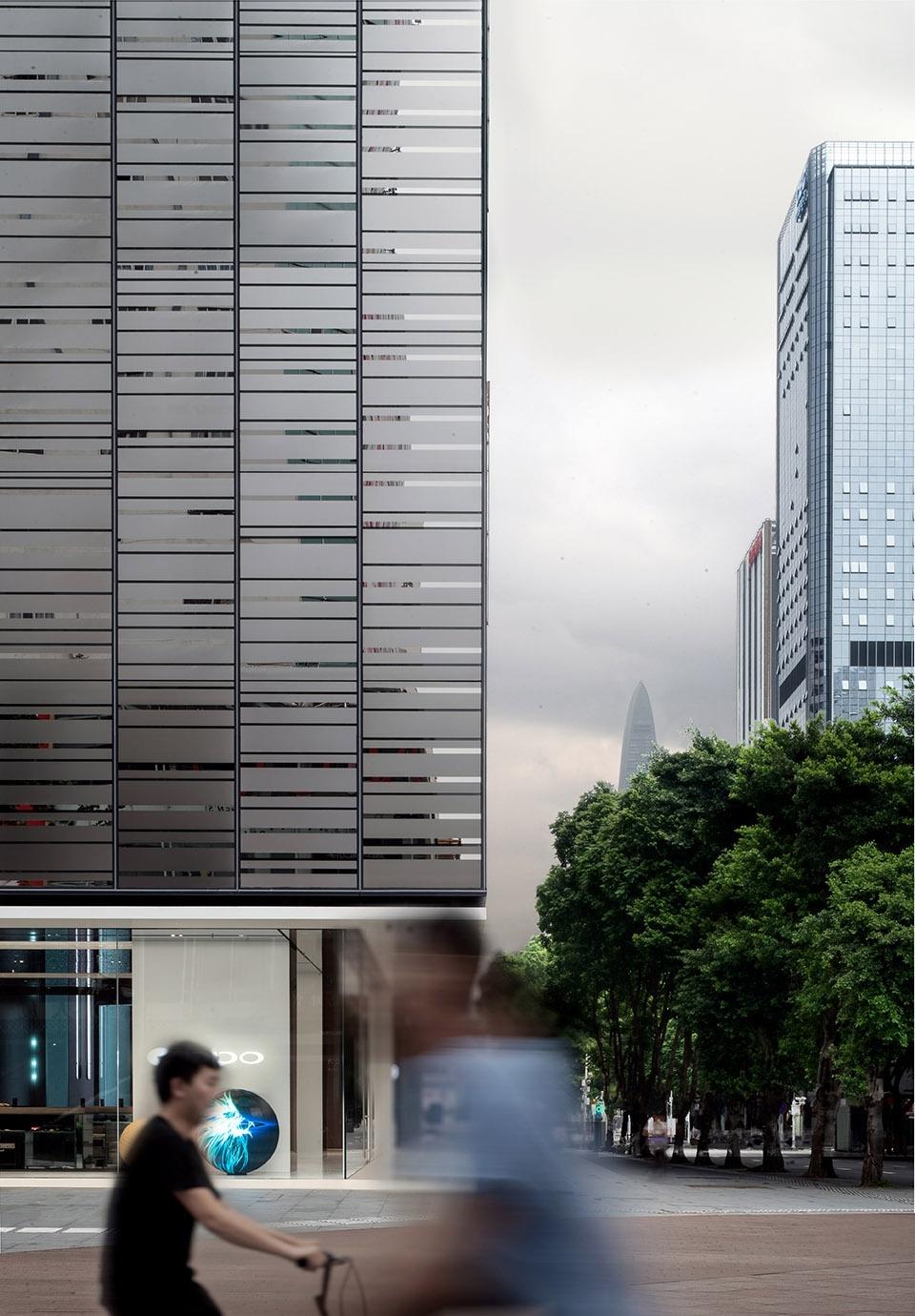 OPPO深圳旗舰店 / 东仓建设 城市客厅