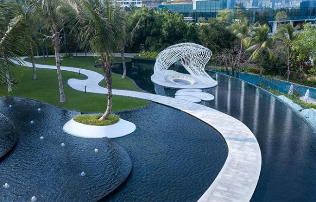 Talk to the sea: JW Marriott Hotel Sanya Dadonghai Bay, China by W&R Group