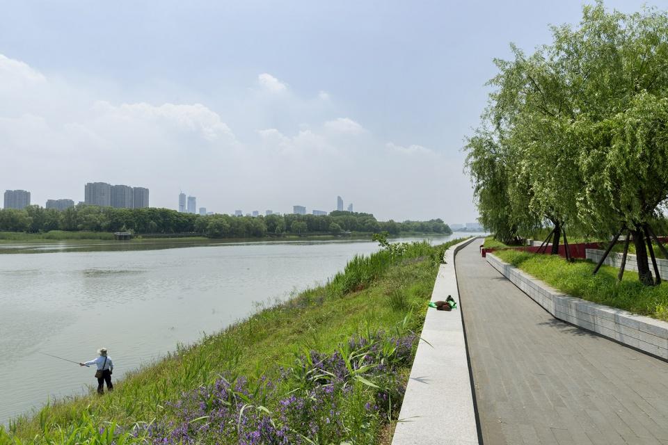中国滨江商业生态园集体景观设计