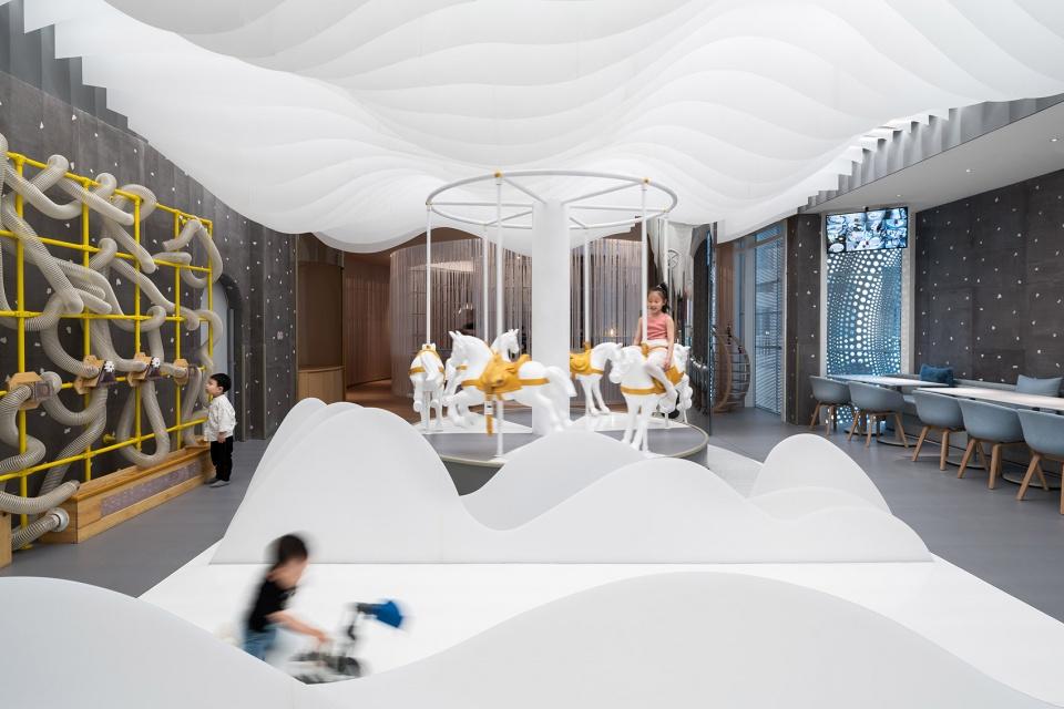 Lolly-Laputan儿童餐厅,大连 / Wutopia Lab 孩子的梦境