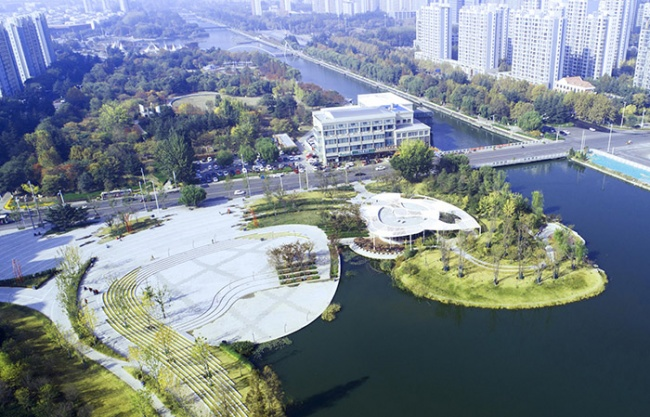 Section 1 of the Central Business District of Sanli River Park in Jiaozhou, China by LDG