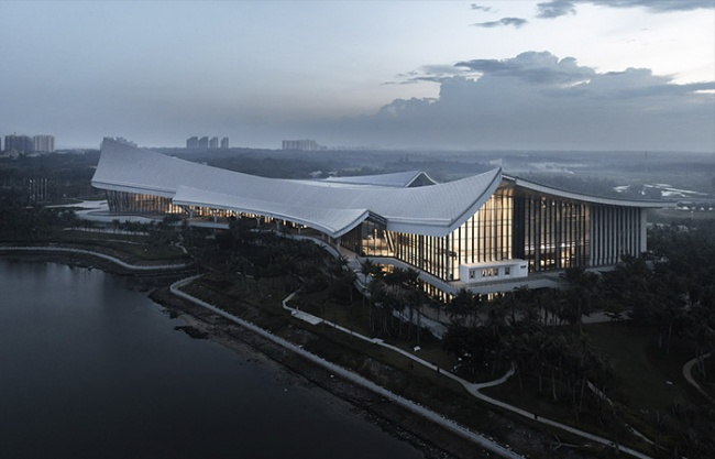 Museum Of The South China Sea by Architectural Design Research Institute of SCUT