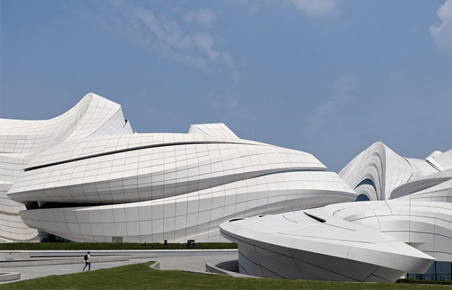 長沙梅溪湖國際文化藝術中心 / Zaha Hadid Architects