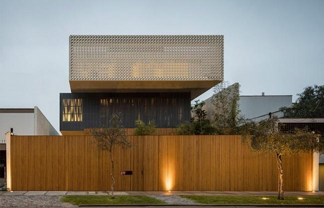 Lima House by Studio Mk27