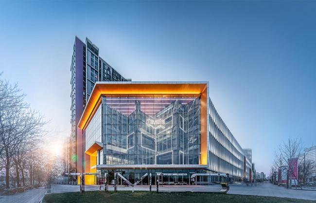 望京万科时代中心+望京街改造,北京 / UV Architecture