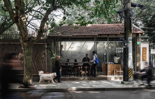 VOYAGE COFFEE Rd.Yongjia, China by atelier suasua