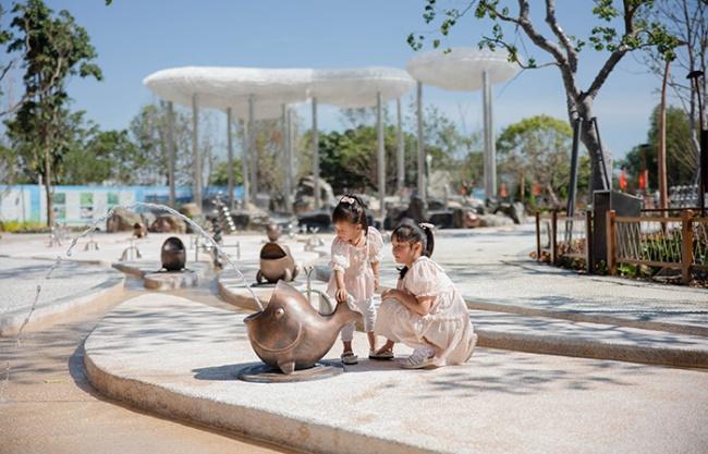Children's Science Activity Park Dalierhai Ecological Corridor, China by antao·AHA